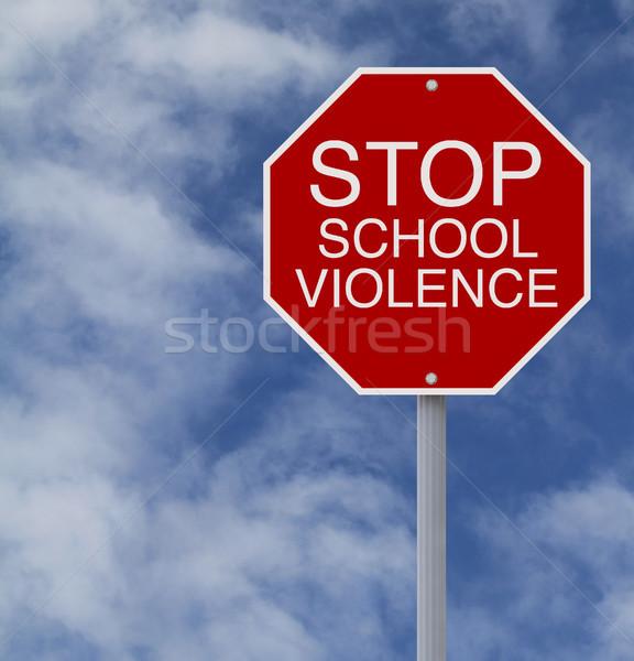 Durdurmak okul şiddet dur işareti gökyüzü imzalamak Stok fotoğraf © lorenzodelacosta