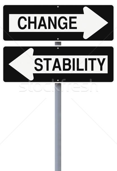 Estabilidade mudar rua sinais seta Foto stock © lorenzodelacosta