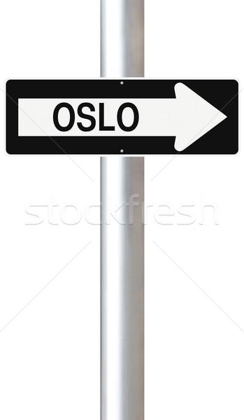 Erre Oslo egyirányú utca Norvégia felirat Európa Stock fotó © lorenzodelacosta
