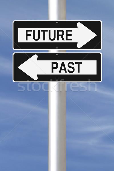 Pasado futuro las senales de tráfico signo azul Foto stock © lorenzodelacosta
