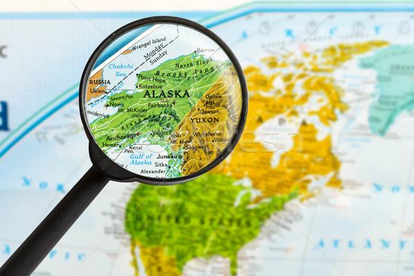 Kaart Alaska vergrootglas wereld glas ruimte Stockfoto © lostation
