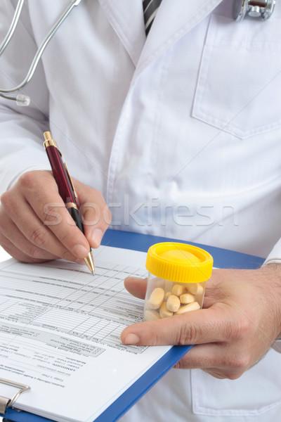 Foto stock: Médico · médicos · salud · registro · pastillas · salud