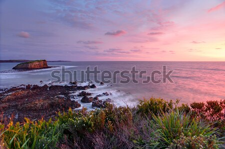 Stock fotó: Boglya · sziget · napfelkelte · fény · csinos · felhők