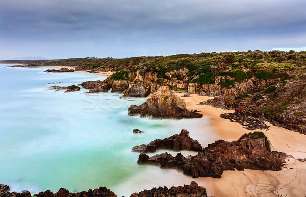 Szeszélyes dél tengerpart emelkedő tenger víz Stock fotó © lovleah