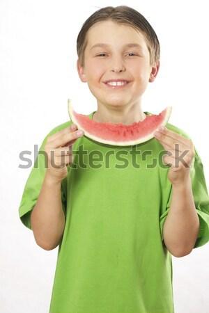 Souriant garçon manger fruits d'été pastèque pièce Photo stock © lovleah