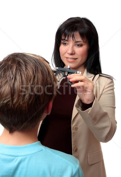 Szemorvos gyermek előrelátás dolgozik beteg kisebbségi Stock fotó © lovleah