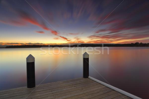 Sakin gün batımı rahatlatıcı uzun pozlama canlı göl Stok fotoğraf © lovleah