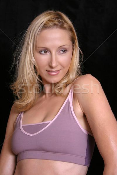 Kız aktif uygunluk giyim karanlık Stok fotoğraf © lovleah