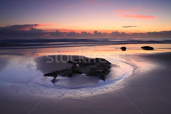 Gündoğumu yansımalar plaj ilginç damar desen Stok fotoğraf © lovleah