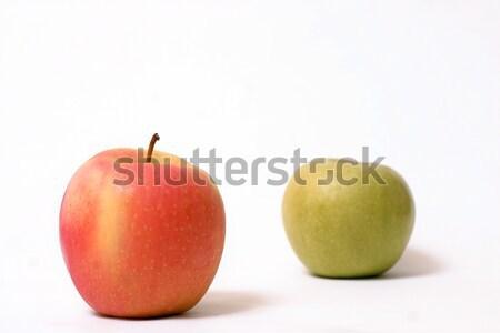 красный яблоки зеленый яблоко Focus красное яблоко Сток-фото © lovleah