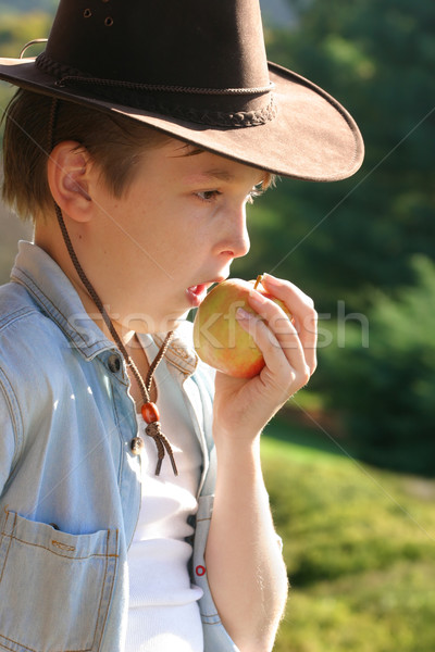 Healthychoices - child eating apple Stock photo © lovleah