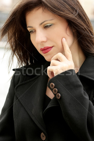 Hermosa mujer de negocios pensando mujer de negocios mujer belleza Foto stock © lovleah