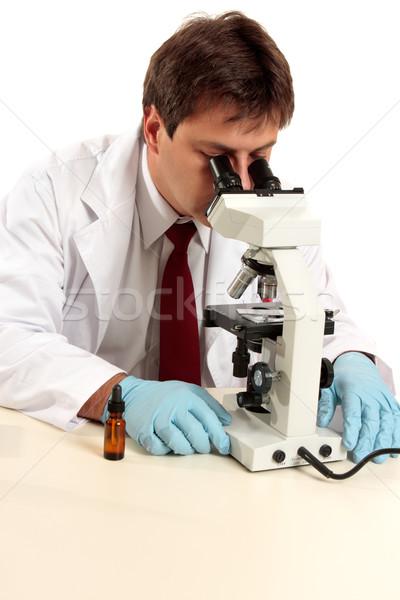 исследователь вещество микроскоп медицинской лаборатория работник Сток-фото © lovleah
