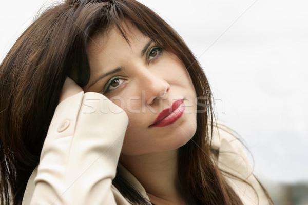 Rêvasser femme pense femmes entreprise avenir Photo stock © lovleah