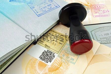 Pasaport açmak sayfa arka plan Stok fotoğraf © luapvision