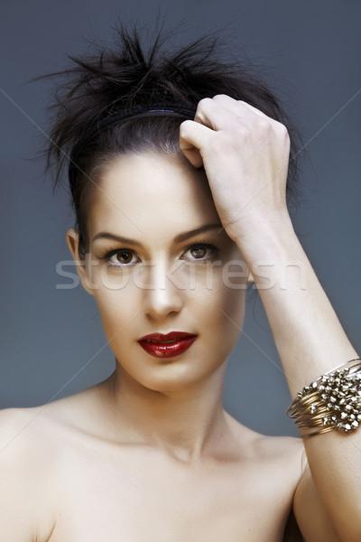 Piros ajkak gyönyörű nő természetes smink kéz szépség Stock fotó © lubavnel