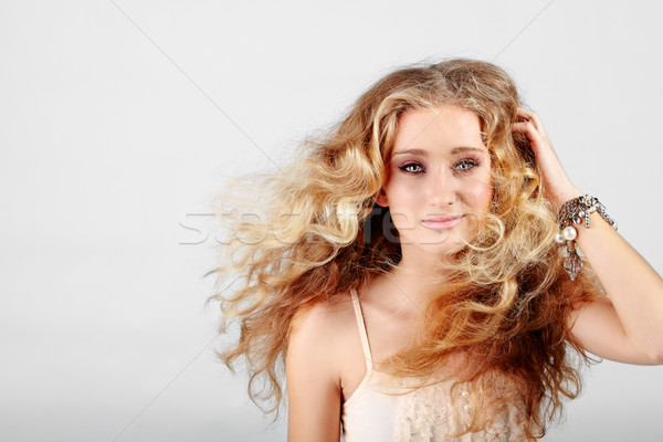Blond fille cheveux belle fraise Photo stock © lubavnel