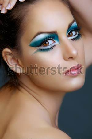 Femme turquoise maquillage belle brunette chat Photo stock © lubavnel
