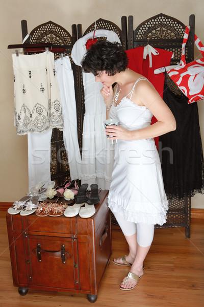 Stockfoto: Vrouw · permanente · collectie · schoenen · ander · opknoping