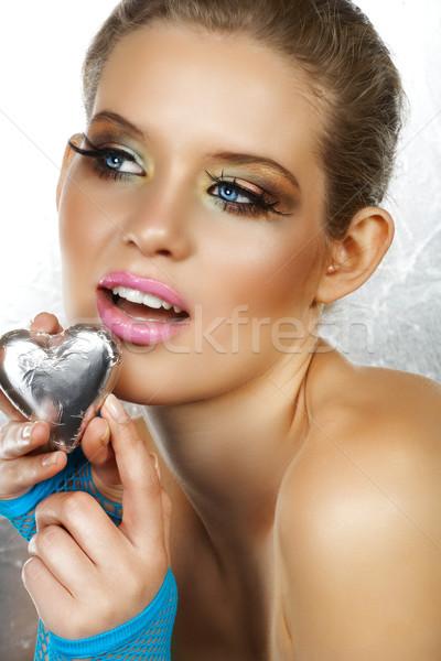 Сток-фото: красивая · женщина · сердце · моде · макияж
