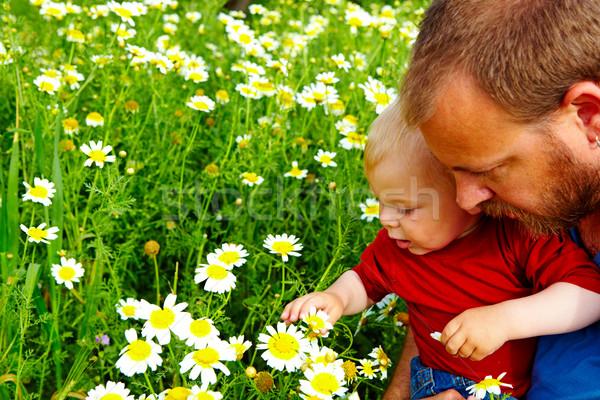 отцом сына цветы мало мальчика отец Сток-фото © lubavnel