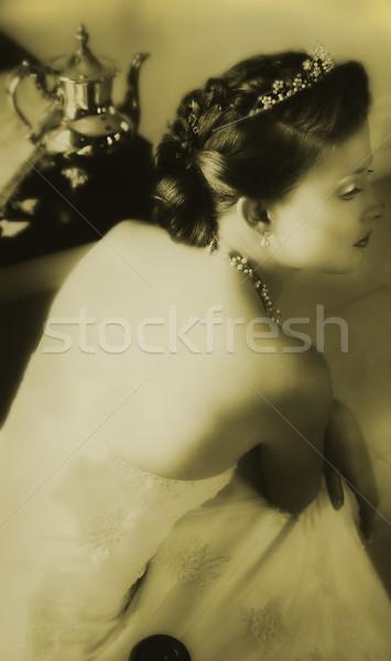 Vintage noiva jovem renda vestir clássico Foto stock © lubavnel