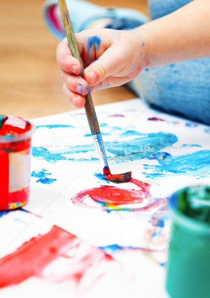 Bebek el boya fırçası kâğıt Stok fotoğraf © luckyraccoon