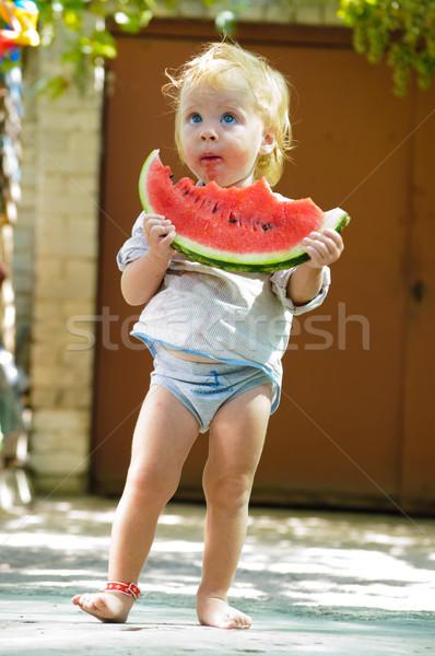 Csecsemő baba dinnye aranyos finom víz Stock fotó © luckyraccoon