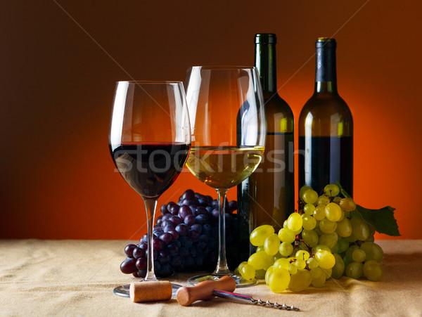 Botella vidrio vino tinto vino restaurante Foto stock © luckyraccoon