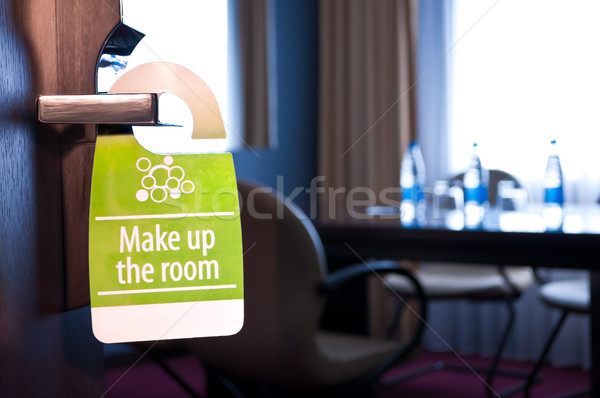 Uzupełnić pokój drzwi podpisania działalności hotel Zdjęcia stock © luckyraccoon