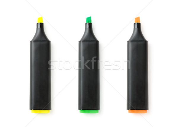 Tres colorido marcador plumas aislado blanco Foto stock © luckyraccoon