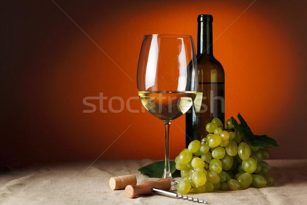 бутылку стекла вино таблице Сток-фото © luckyraccoon