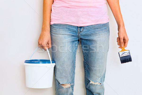 Donna piedi pennello pronto lavoro primo piano Foto d'archivio © luckyraccoon