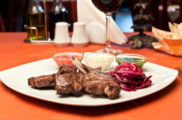 Gegrild lam bieten saus wijn Stockfoto © luckyraccoon