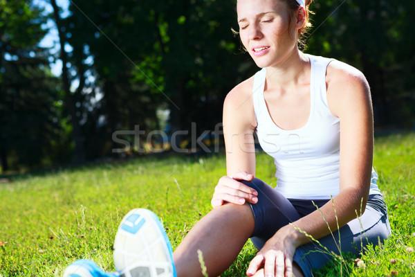 Knie Verletzungen jungen Athleten Läufer Stock foto © luckyraccoon