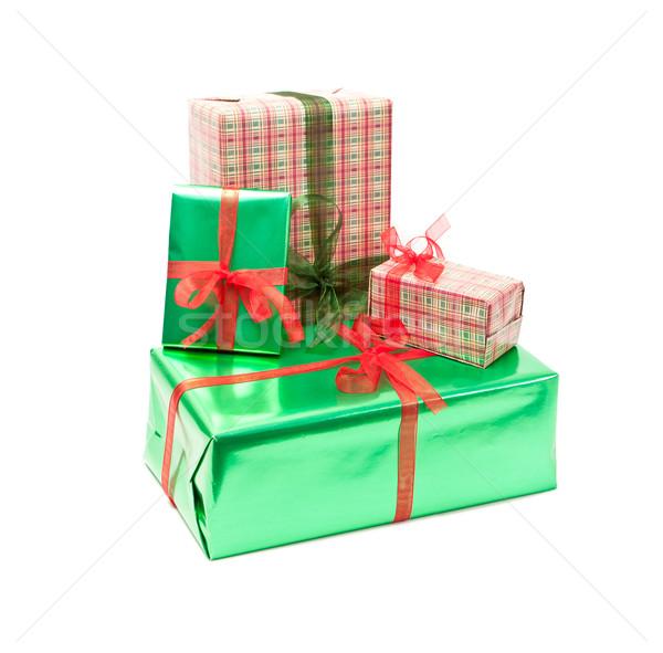 Hediye kutuları yalıtılmış beyaz arka plan kutu yeşil Stok fotoğraf © luckyraccoon