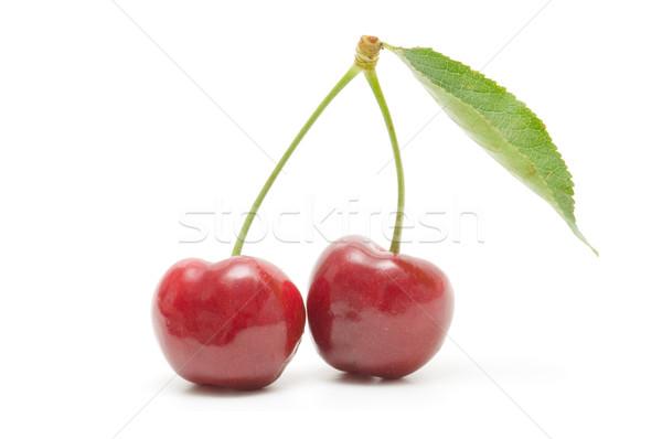 Foto stock: Ecológico · cerejas · branco · fundo · vermelho