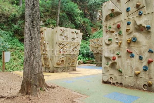 Klimmen muren park avontuurlijk leren Stockfoto © luissantos84