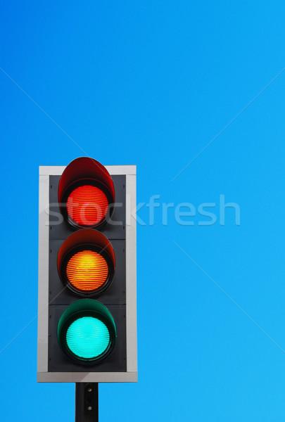 Trafik ışıkları canlı mavi gökyüzü bo hazır gökyüzü Stok fotoğraf © luissantos84