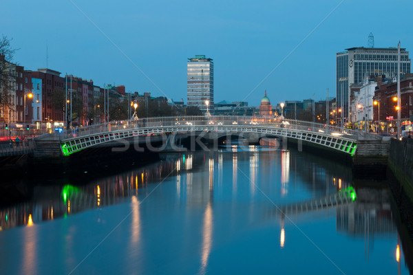 Stock fotó: Dublin · éjszaka · lenyűgöző · híd · folyó · vám