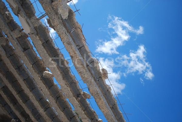 Inexistential roof (sky background) Stock photo © luissantos84