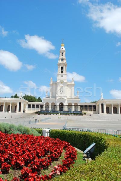 Kilátás Portugália stílus kereszt zöld templom Stock fotó © luissantos84