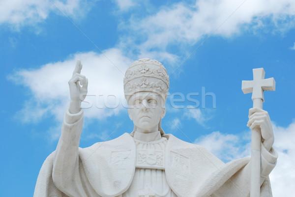 Pápa szobor kereszt templom istentisztelet hölgy Stock fotó © luissantos84