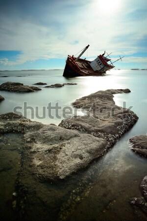 Boot vissersboot hemel hout zonsondergang schip Stockfoto © lukchai