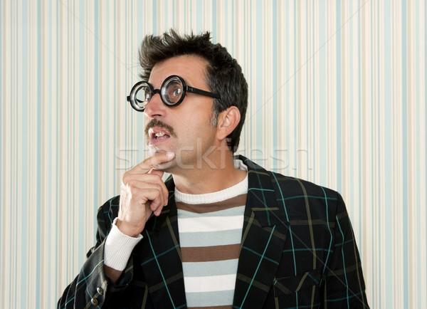 Gek nerd man denken grappig gebaar Stockfoto © lunamarina