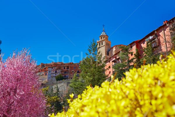 średniowiecznej miasta wiosną Hiszpania ściany ulicy Zdjęcia stock © lunamarina
