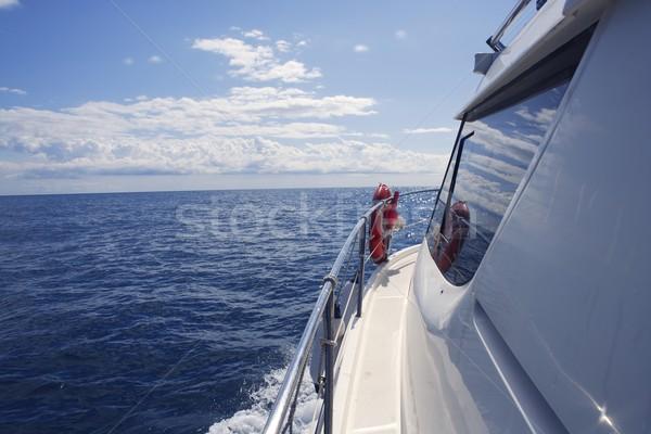 Lancha vista lateral janela oceano reflexão mar Foto stock © lunamarina