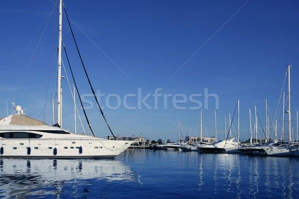 Kék marina kilátás sósvízi vakáció dokk Stock fotó © lunamarina