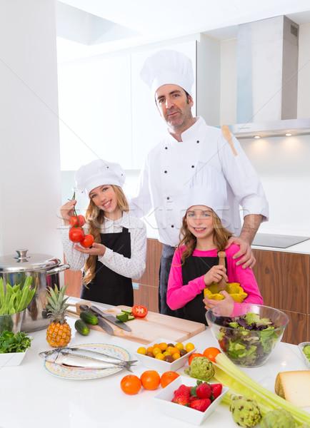 Chef maître Kid filles cuisson école Photo stock © lunamarina