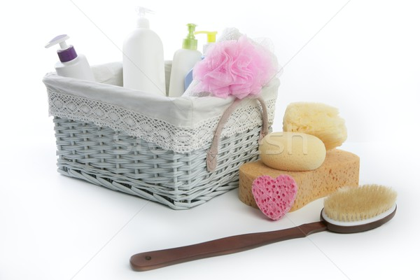 Bain articles de toilette panier douche gel shampooing Photo stock © lunamarina